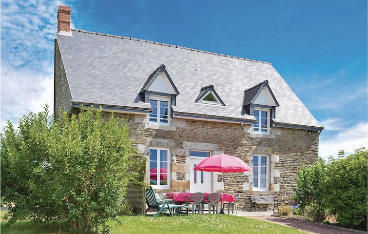 Holiday cottage with 3 bedrooms on 120m² in Vergoncey