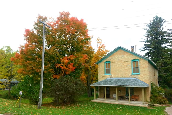6 bedroom Mill House Cottage by the Falls in beautiful Port Albert, Ontario!