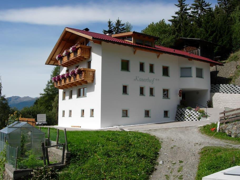 biobergbauernhof kaserhof appartamenti in affitto a