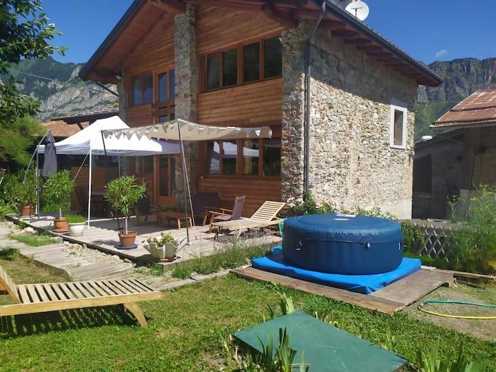 Grande maison dans le Mercantour italien