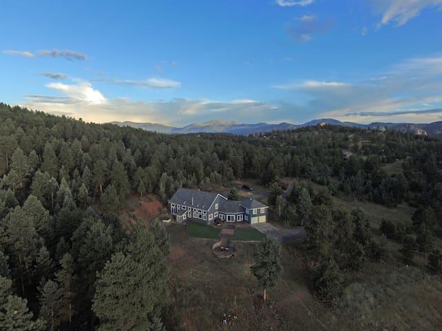 Foothills Estate on 40 Acres
