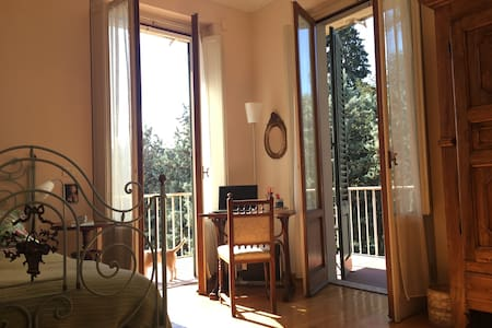 Casa Lenci - Cosy single room and private bathroom - Florenz - Wohnung