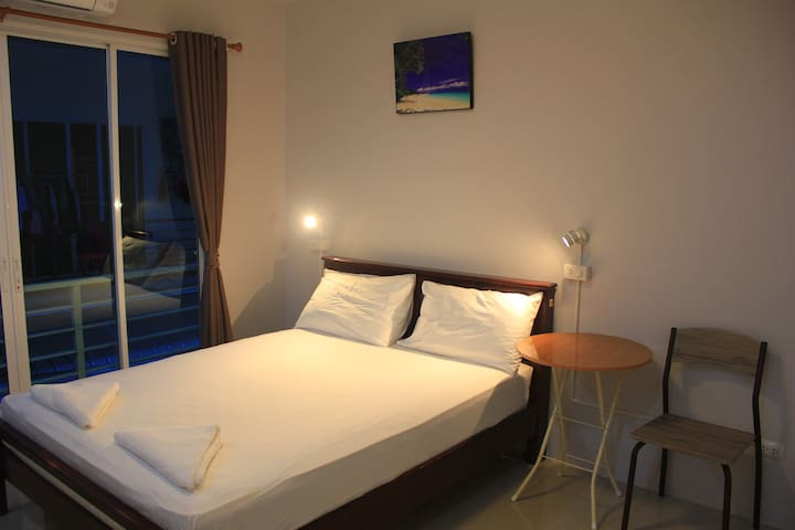 Khaolak Mind Home Hostel (Private Room)