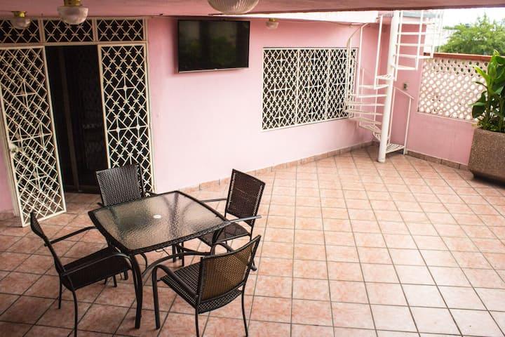 Acogedora habitación en el centro de Monterrey