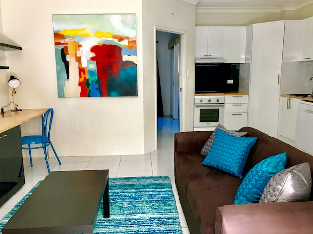 ❤️#1 Modern & Bright Apt❤️ Minutes to the City