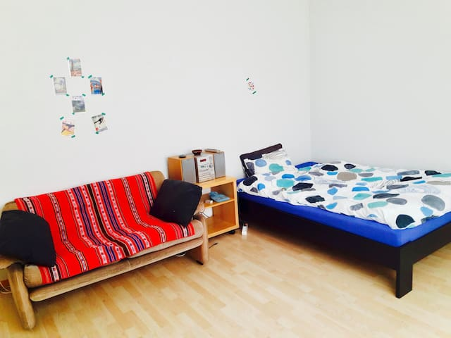 Bright room in Bümpliz - Bern - Apartmen
