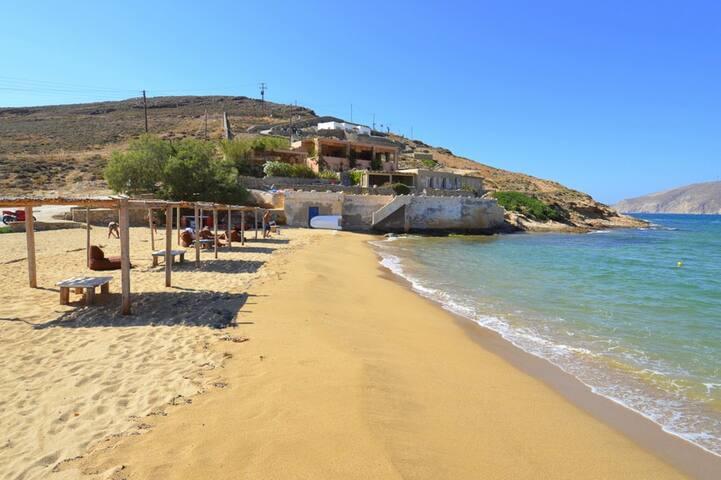 Ftelia Beach-House