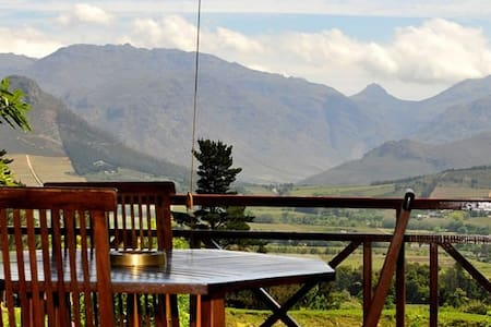 MontMartre Guest Chalets (4 seperate chalets) - Franschhoek - Chalet