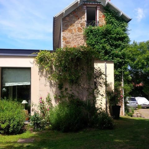 Confort and Tranquility  25 minutes from Paris - Massy - Casa