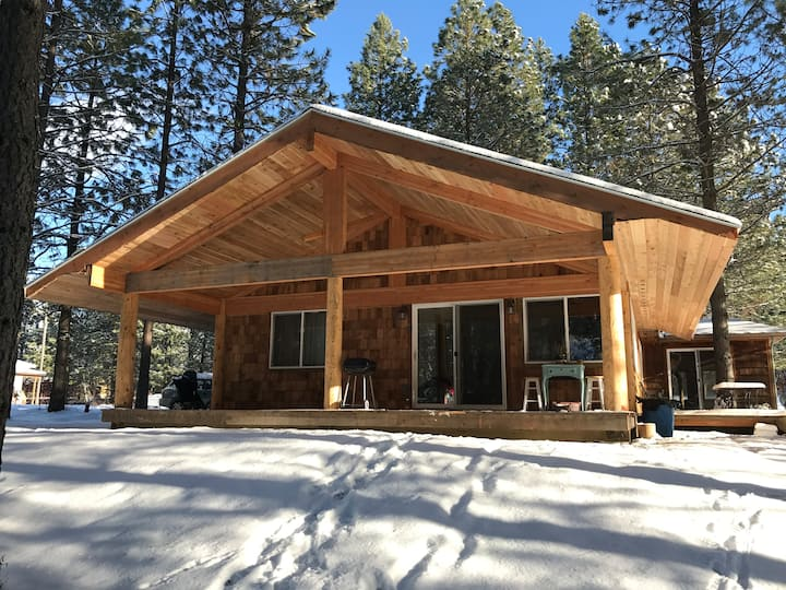 Perfect North Idaho Getaway, 2 master Bedrooms