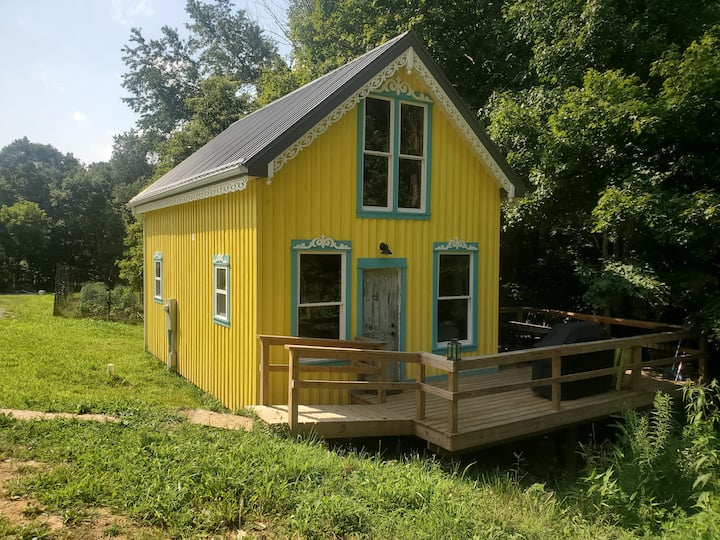 Cabins at Morning Dew Hop Farm - Lupulin House