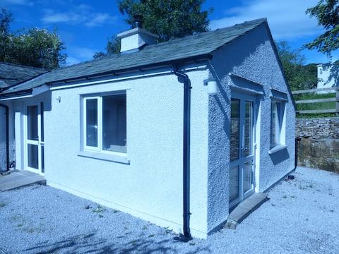 The Annex Grey Mists (Blackberry Cottage)