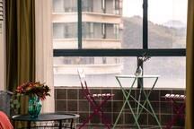 青禾★万达【空山新雨】2室2厅影院家庭套房/一线临江