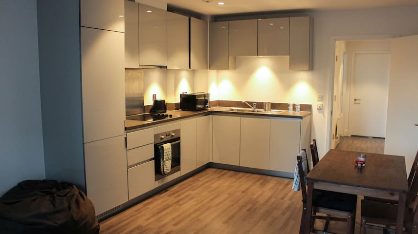 Great space in a London flat, good transport links