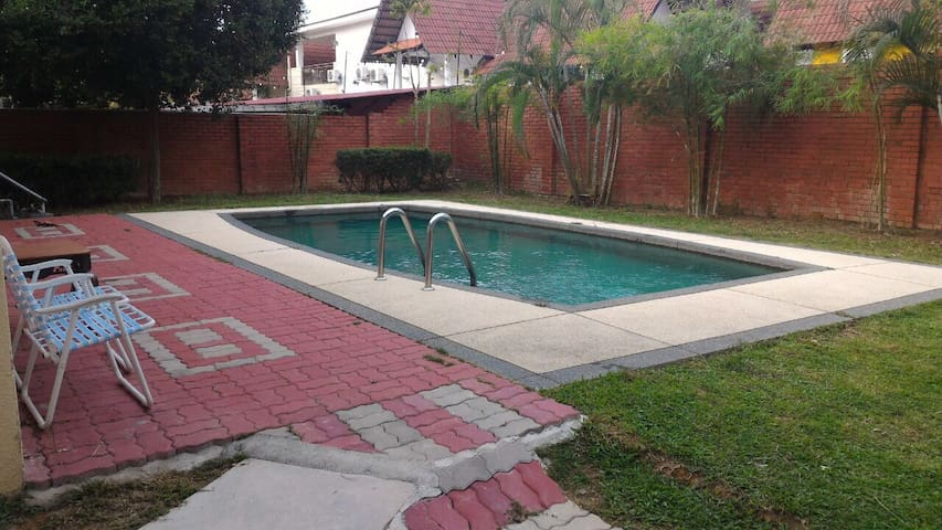 Luxury 3room villa A Famosa resort - ALOR GAJAH