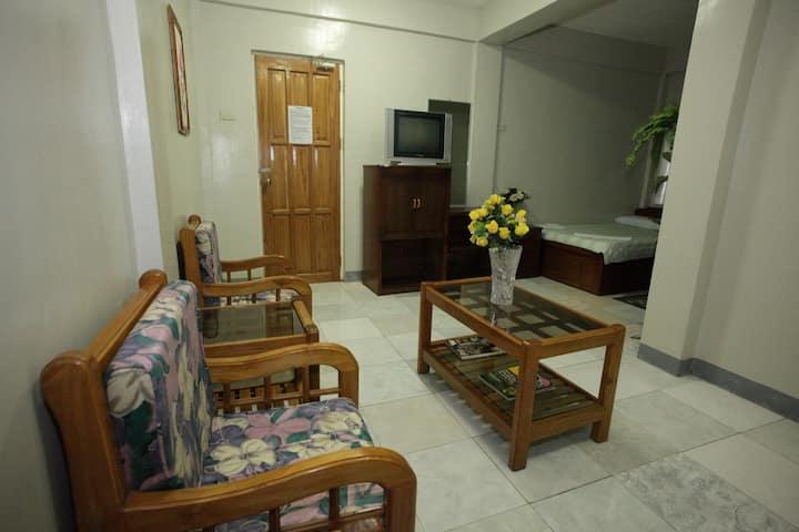 Marriett Inn ( Family Room )