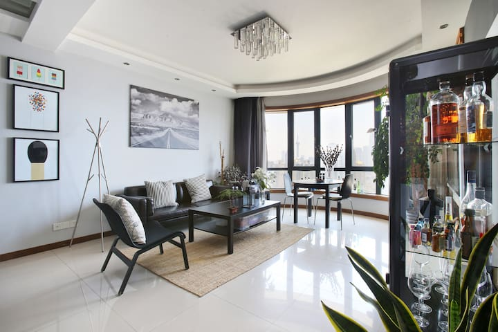 Great balcony room at heart XinTianDi