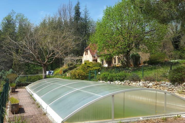 Villa autenthique avec piscine au coeur du causse