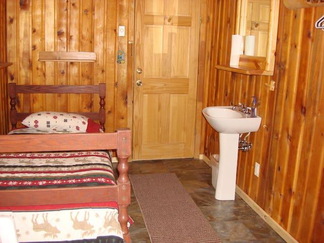 Cozy Moose Room in Mt. Peale Lodge (Near Moab, UT)