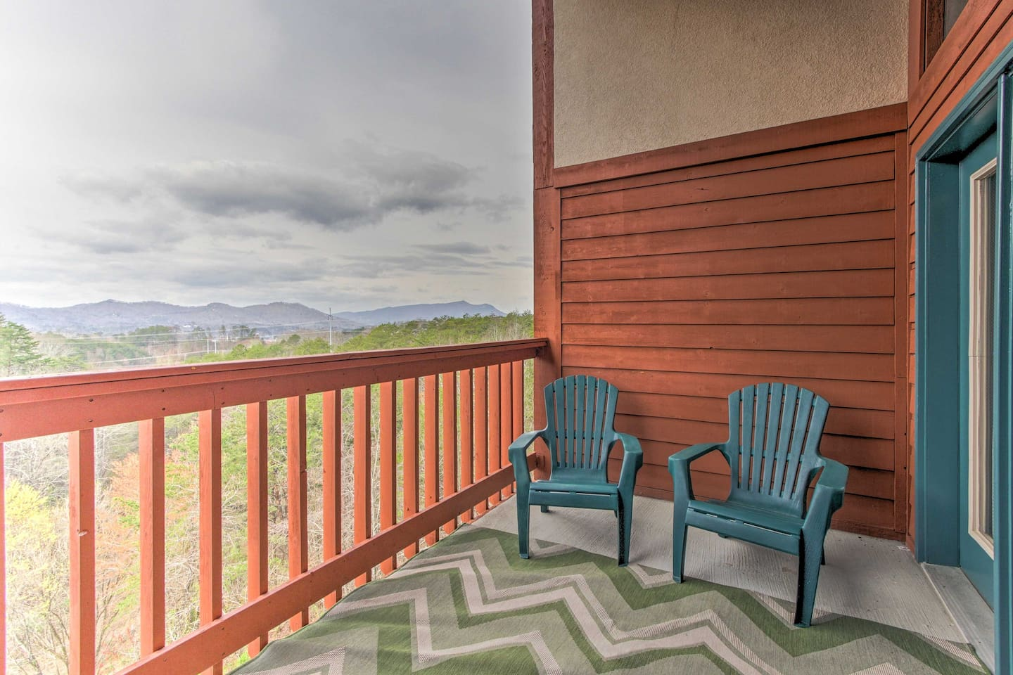 new pigeon forge condo w amenities near dollywood condominiums