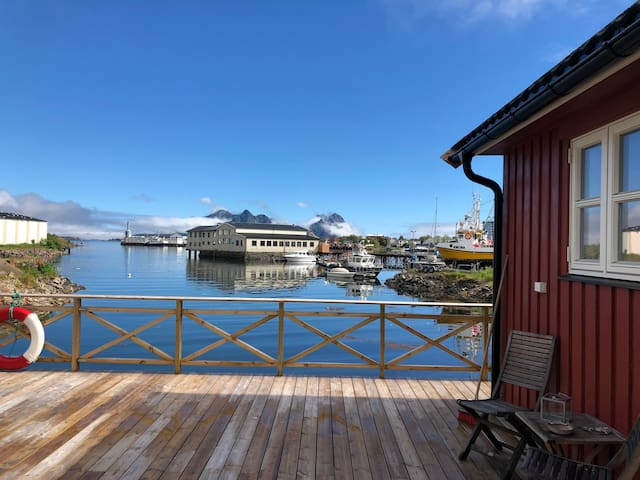 Waterfront cabin Svolvær-Lofoten