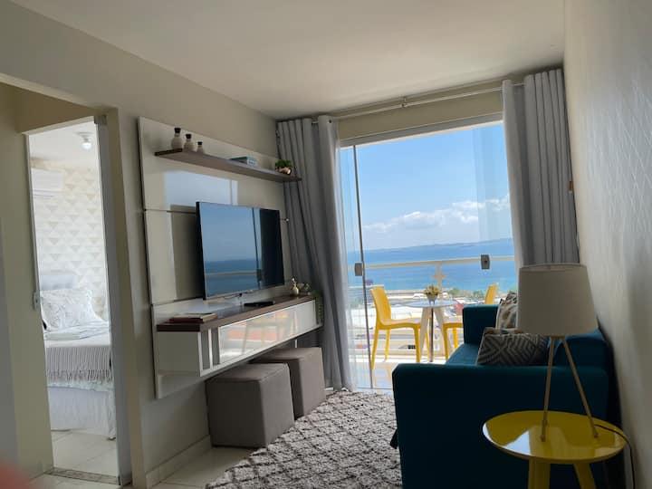 Apartamento 2/4 vista mar, com muito conforto.