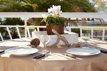 Luxury Beach Apartment in Athens Riviera