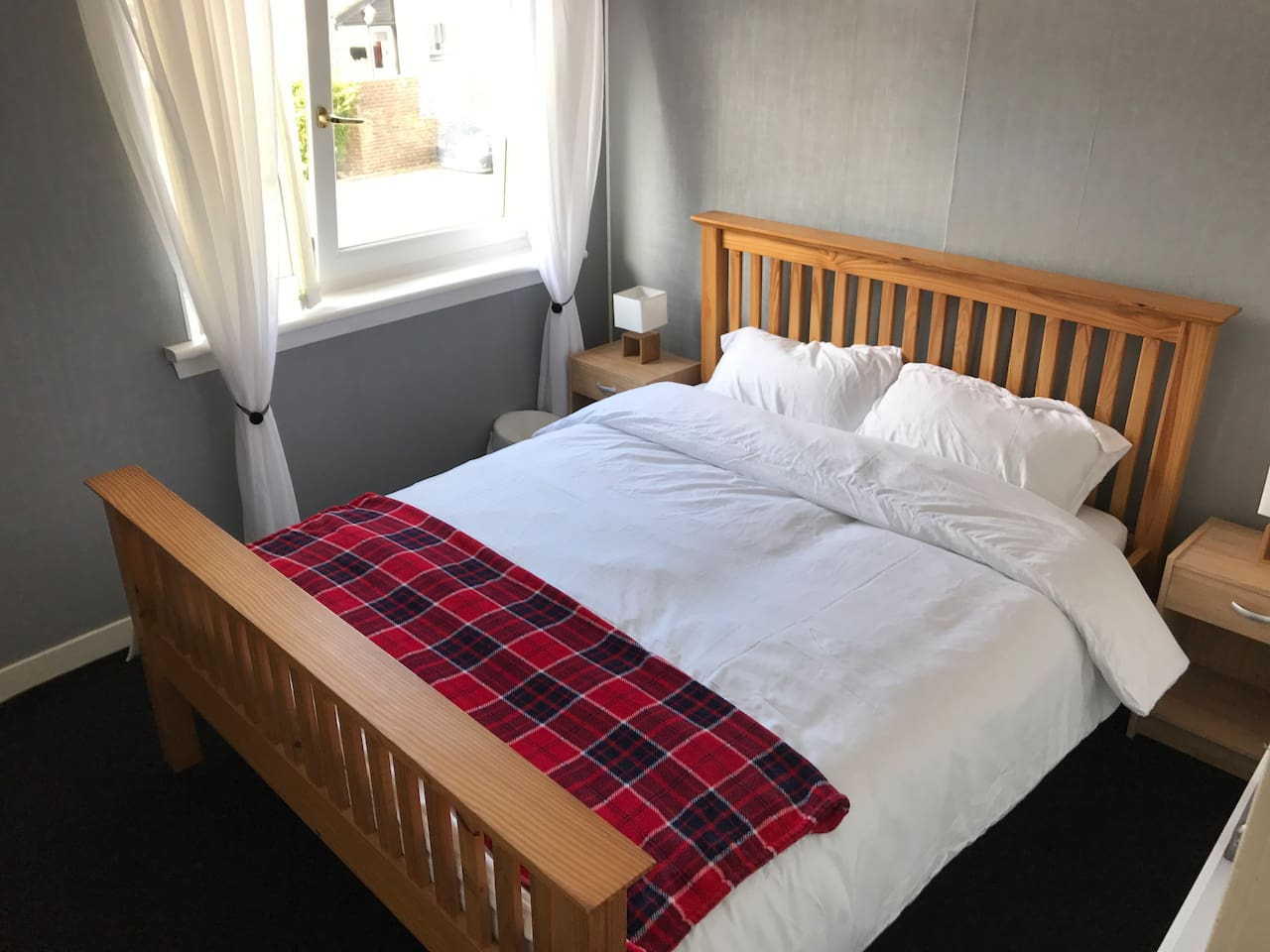 Comfortable and cosy king sized bed