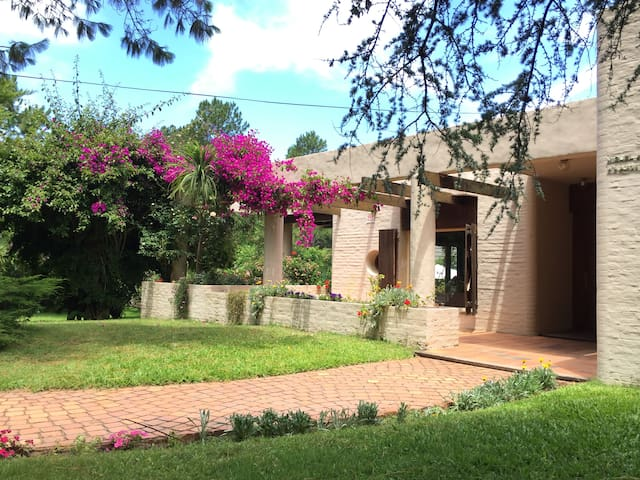 Atm sfera natural y playera houses for rent in punta del for Jacuzzi exterior uruguay