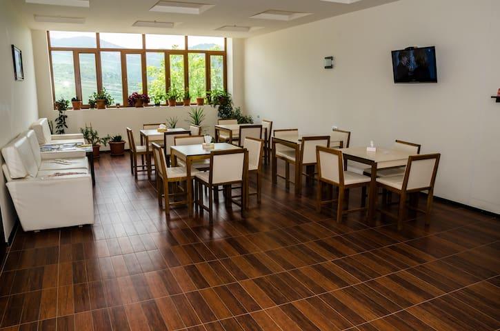 Green Hotel Yeghevnut single room