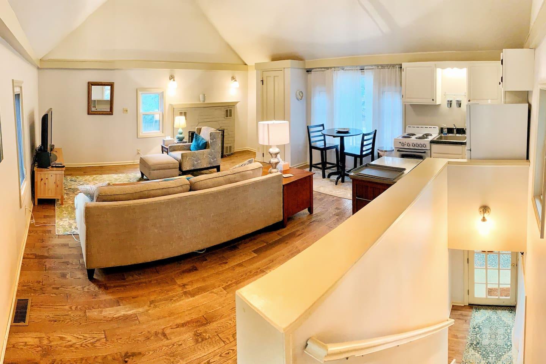 Cozy cottage living