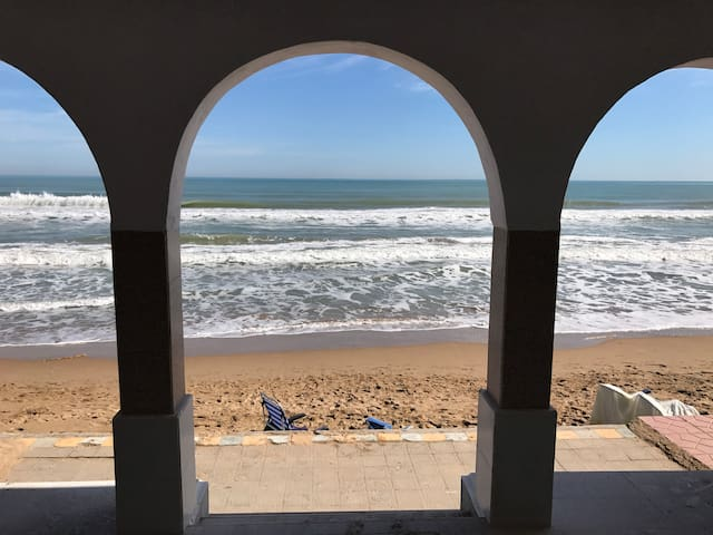 MAGNIFICENT HOUSE 1ª LINE THE BEACH, WIFI - Guardamar del Segura - Rumah