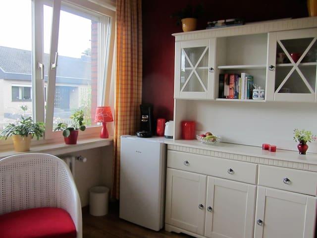 Gemütliches, ebenerdiges  Zimmer - Schüttorf - Bungalow