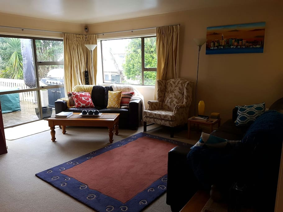 Summer Coastal Home Houses For Rent In Auckland Auckland New Zealand