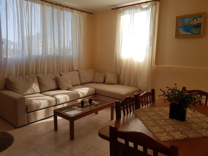 City Center 2 Bedroom Apartment LISSUS