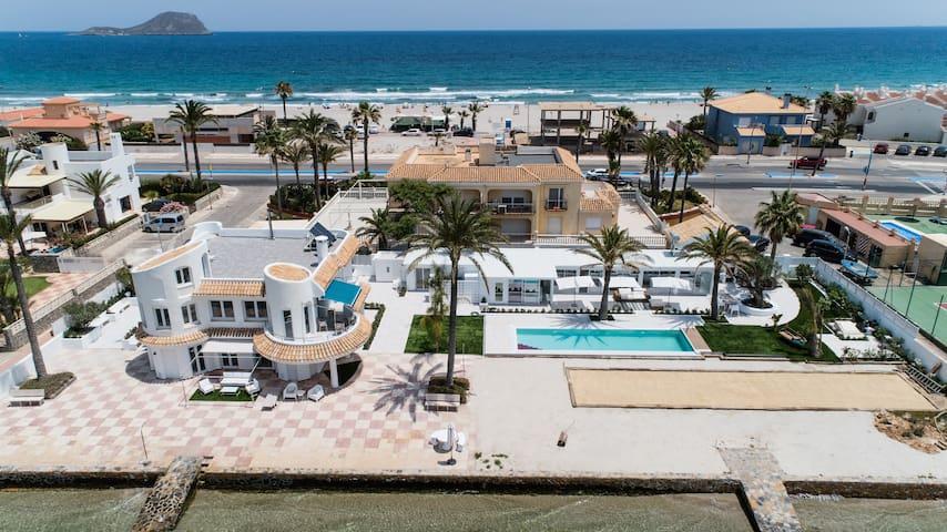 """Villa Private Beach """"Casa la Perla"""" First Floor"""