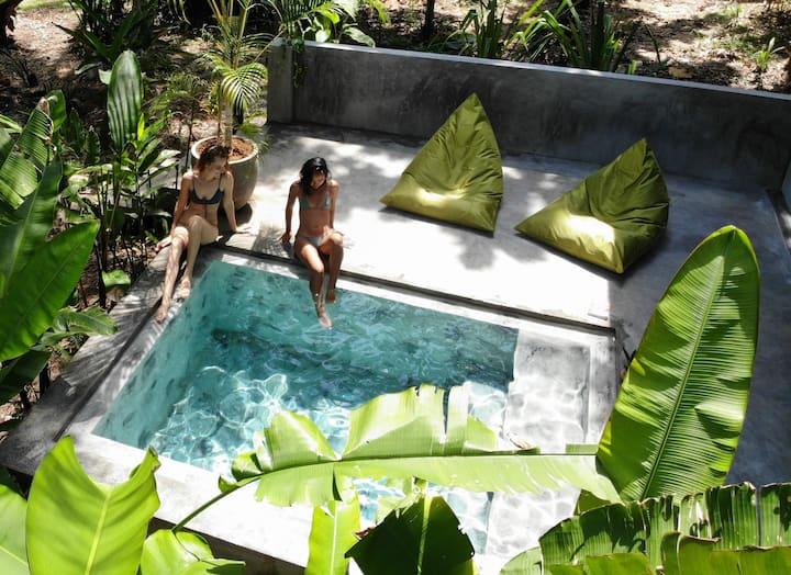 Dreamtime Plunge Pool Cabana 1
