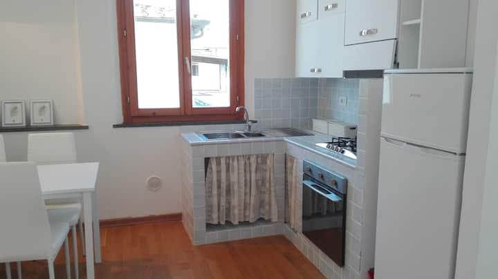 Cuore di appartamento con posto auto vicino a Pisa