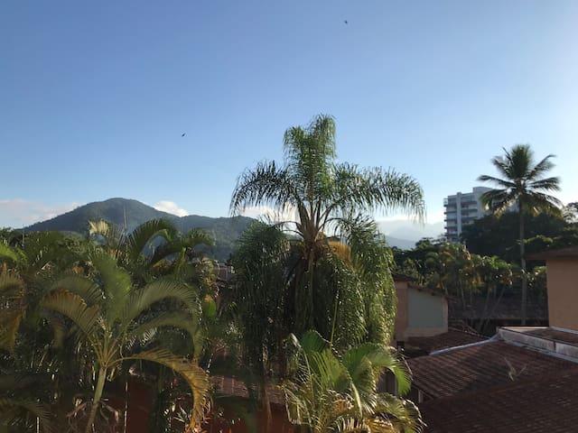Apartamento Luxo Charmoso   4 minutos Praia Itaguá