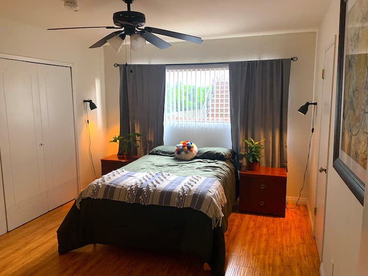 Spacious Private Bedroom & Full Bath in WeHo