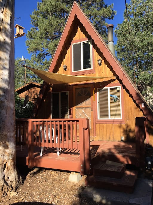 Cozy rustic cabin in big bear city sugarloaf cabins for Big bear cabins california
