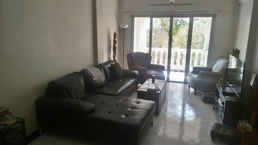 Spacious apartment in quiet area - Pune - Appartement