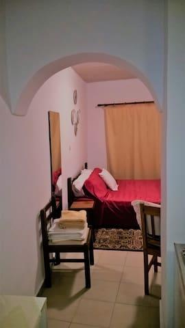 Γραφικό δωμάτιο παλιάς πόλης Ρόδου!