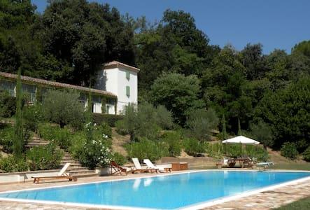 La torretta della piscina - Osimo - Casa