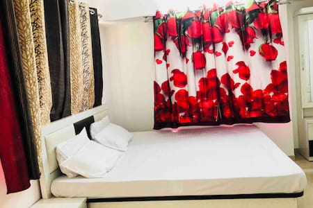 Entire 2BHK luxurious flat,self check-in,wifi ,tv