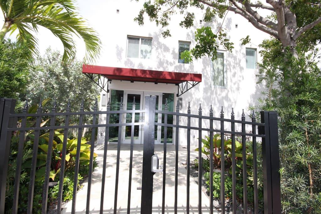 Vela Rouge Hotel Miami