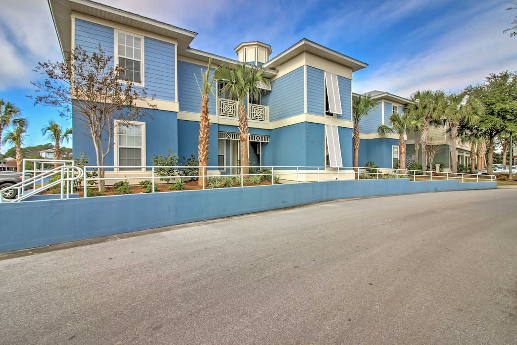 Welcome to your little slice of paradise at this Miramar vacation rental house!