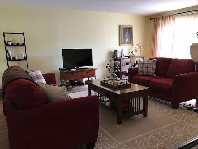 Cozy and spacious Penfield Condo
