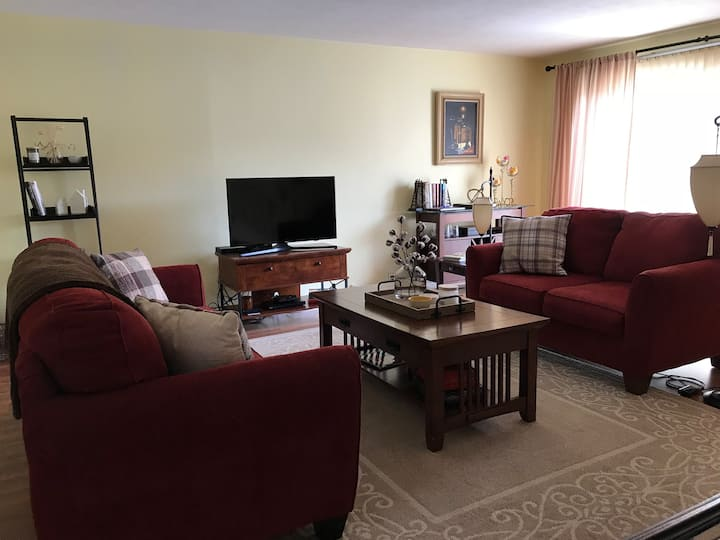 Cozy and spacious Penfield Condo