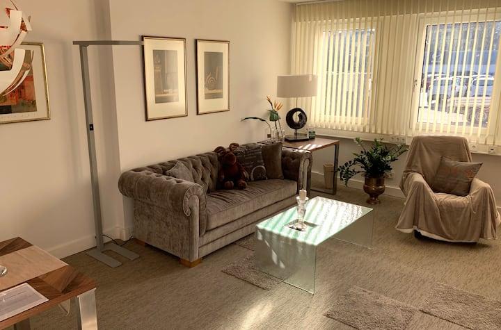 """Premium Apartment """"Düsseldorf """"︱66 m2  ★★★"""